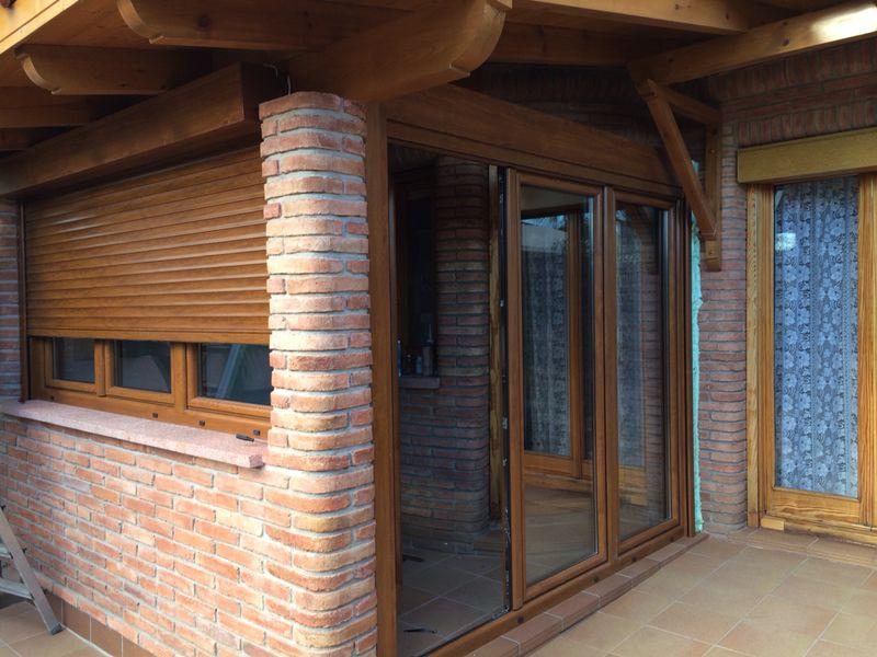 Ventanas pvc color madera images for Ventanas pvc madera