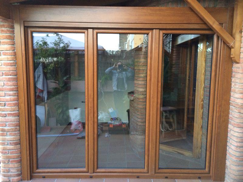 Reparacion de persianas en barcelona carpinteria de for Ventanas de aluminio colores precios